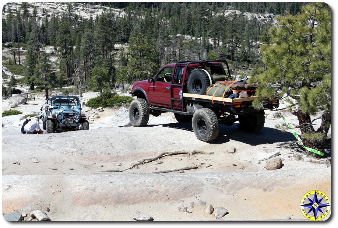 FJ40 repair on rucion trail