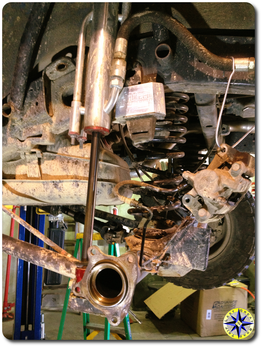 fj cruiser rear suspension components
