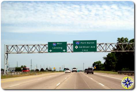 west 96 696 highway signs