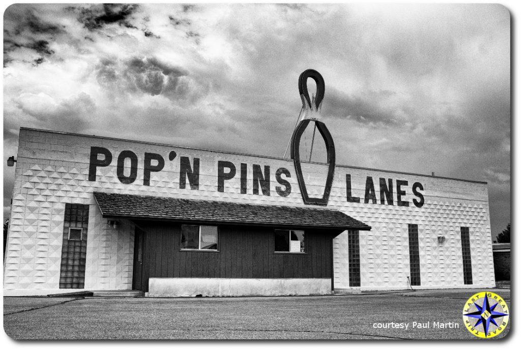 pop-n-pins bowling alley building