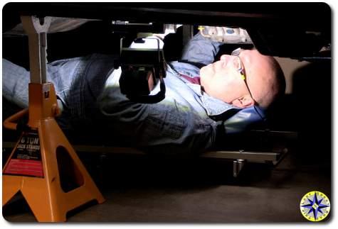 FLOOD-IT pro LED under truck lighting
