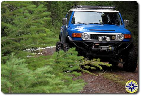 2007 toyota voodoo blue fj cruiser tree